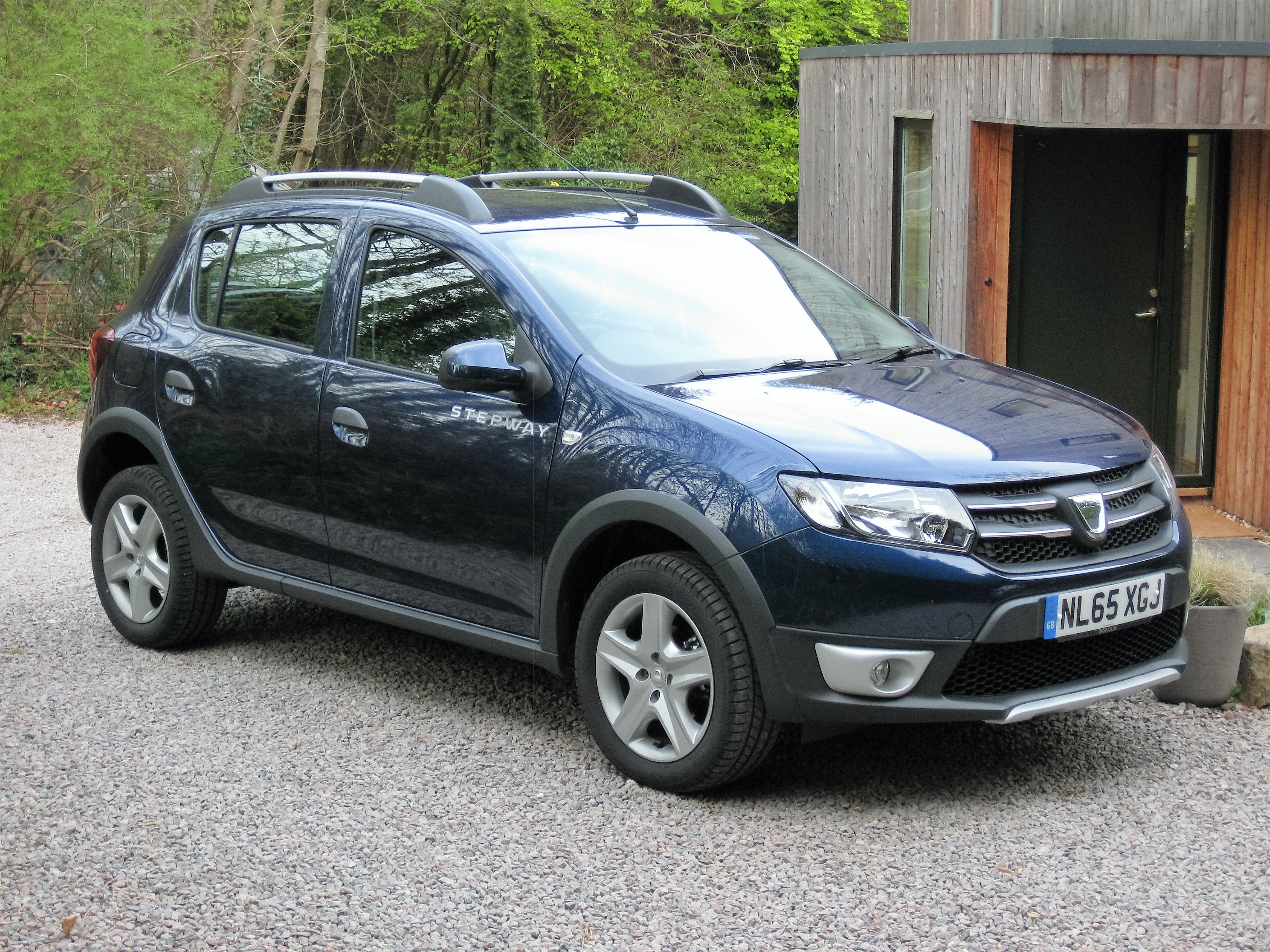 dacia sandero stepway 1 5 dci laureate review. Black Bedroom Furniture Sets. Home Design Ideas