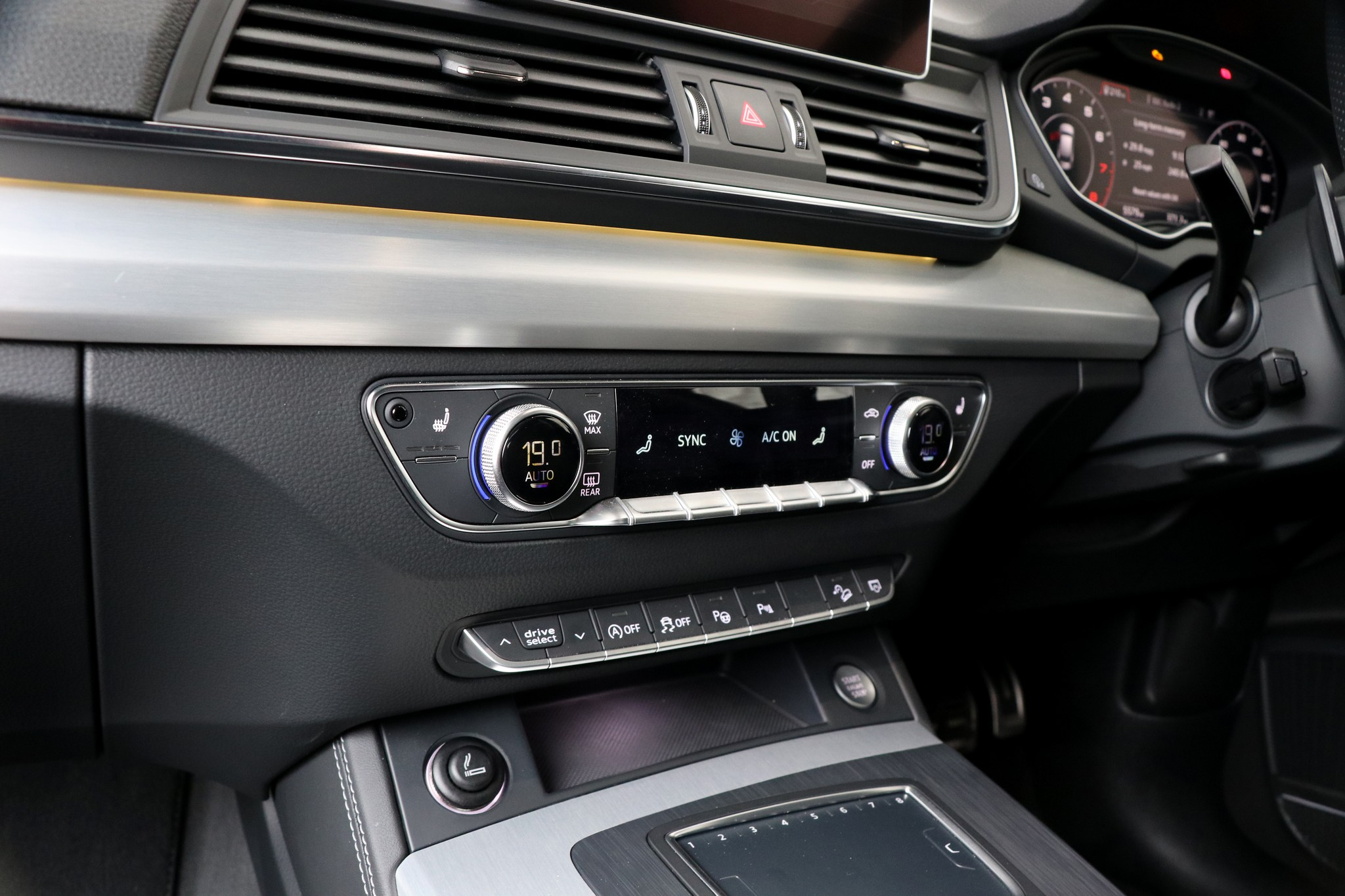 Kekurangan Audi 70 Tangguh