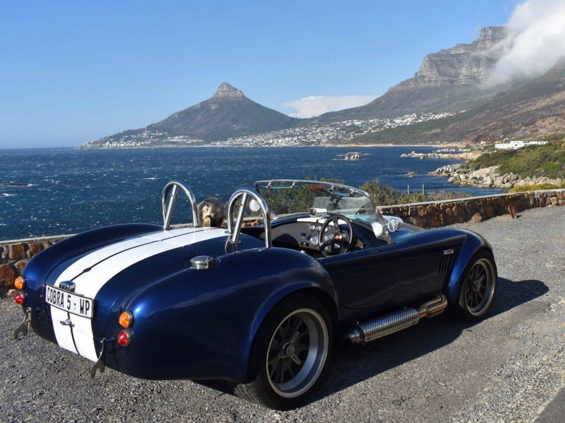 A Cobra in Cape Town - Car Indicators on Tour